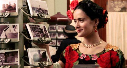 """Atriz Salma Hayek em cena do filme """"Frida"""" . (Reprodução: www.blogdospernes.com.br)."""